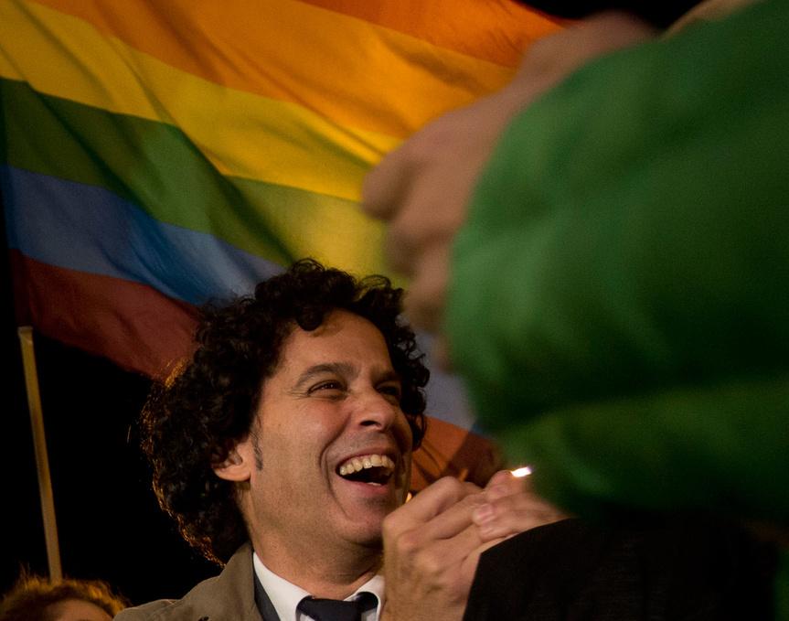 http://www.revistavanityfair.es/actualidad/politica/articulos/pedro-zerolo-fallece-entrevista-eduardo-mendicutti-recuerdo-amigo-matrimonio-gay/20994