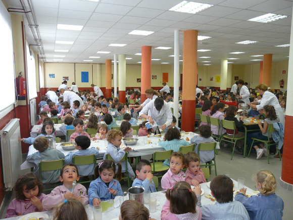 Barcelona amplía en 2,8 millones las becas comedor para el próximo ...