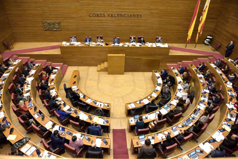 Imagen cenital Pleno de las Cortes Valencianas