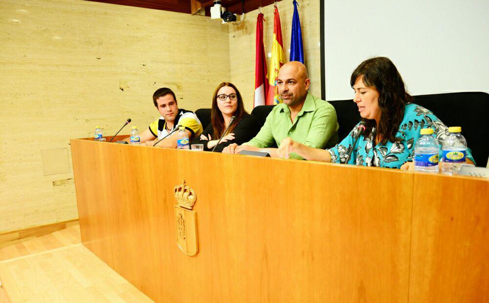 José García Molina y Auxiliadora Honorato presentan en Toledo la Ley de Procedimientos de emergencia ciudadana