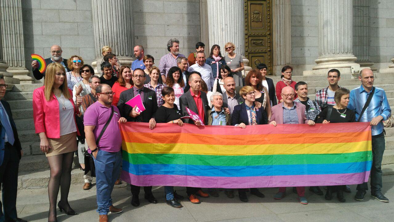 Podemos registra la Proposición de Ley LGTBI
