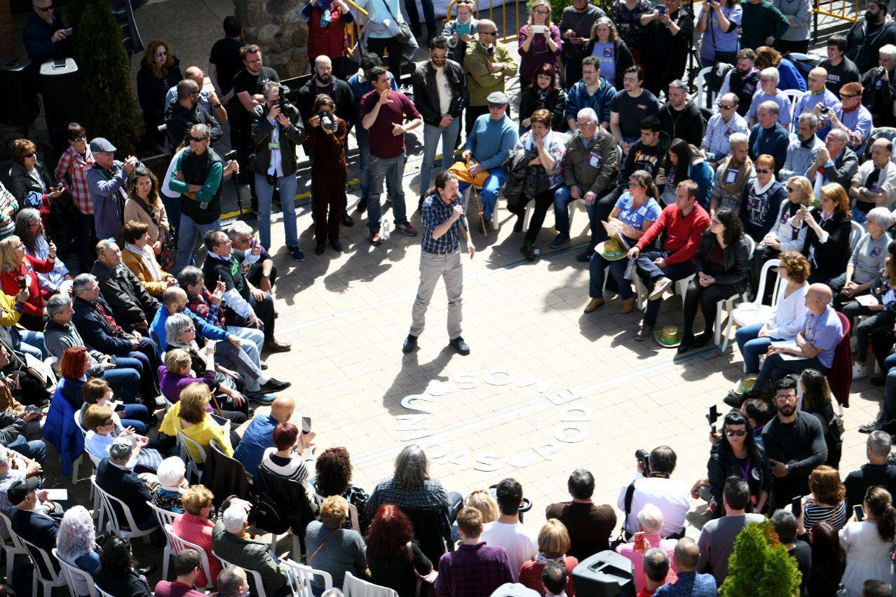 Pablo Iglesias hoy en el pueblo de Nalda, La Rioja. FOTO: Dani Gago