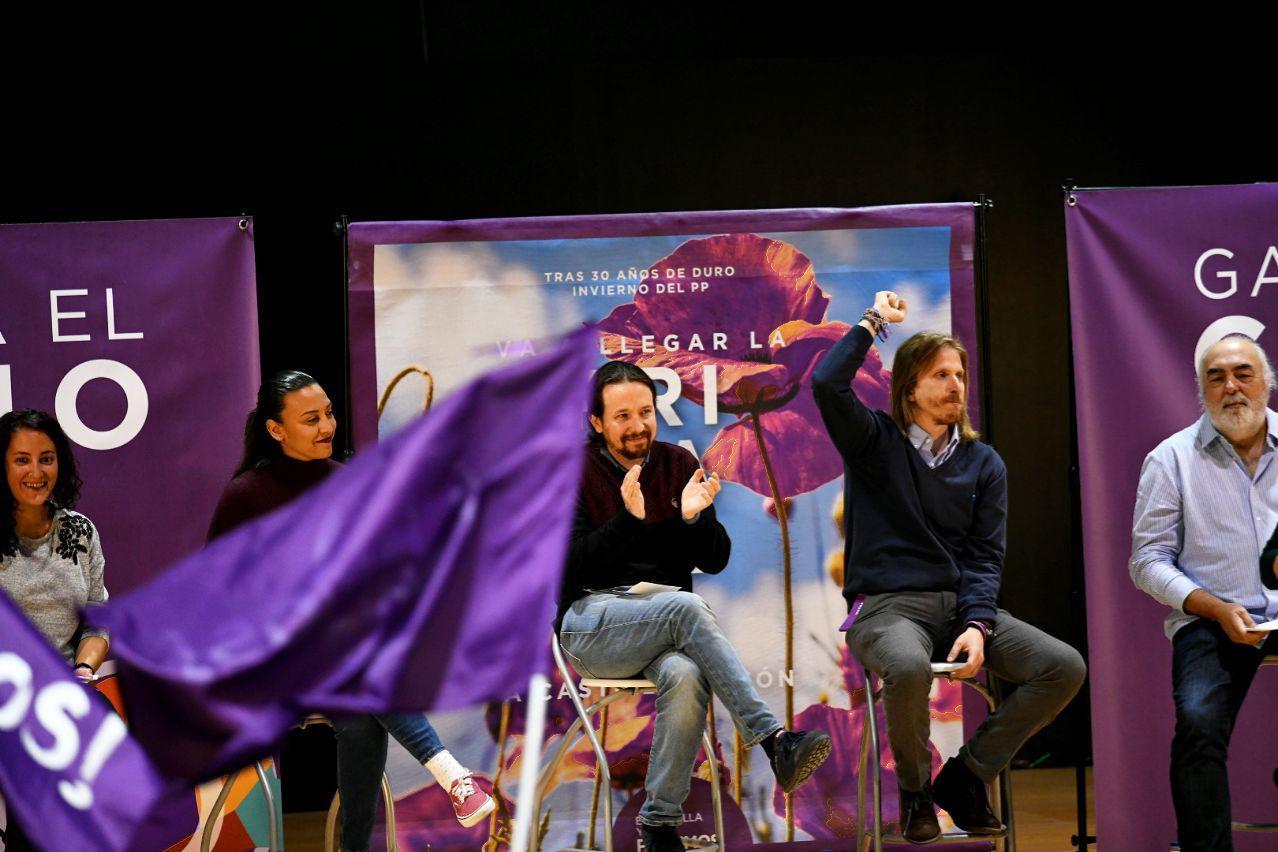 De izquierda a derecha: Patricia Caro, Pablo Iglesias y Pablo Fernández. Foto: Dani Gago